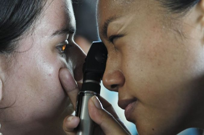 Regular eye examination for early detection of age-related eye diseases